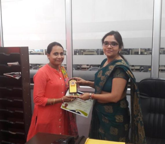 Mrs. Shruti Dubey ! Cashier and Counsellor