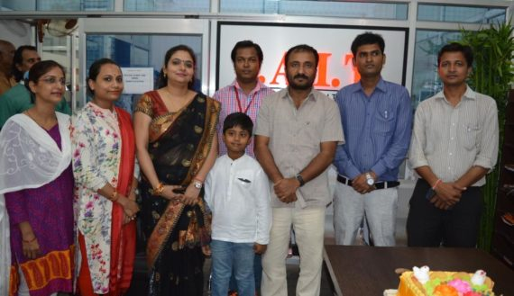 Great Anand Kumar (Super 30) with Staff of IAIT