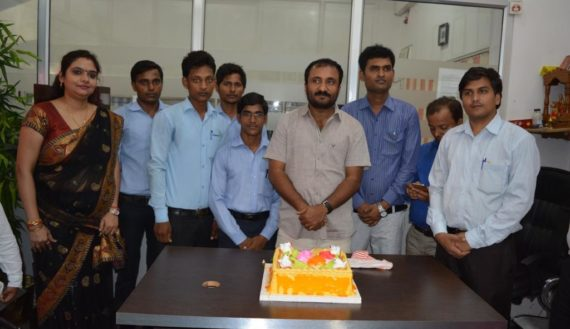 Great Anand Kumar (Super 30) with Students of IAIT